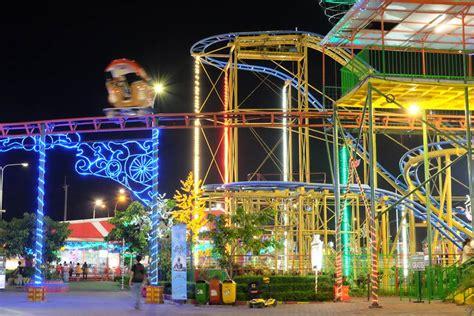 suroboyo carnival park surabaya theme park surabaya rek
