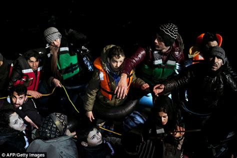 people who died in 2016 so far refugees found dead off greek island of samos after trying