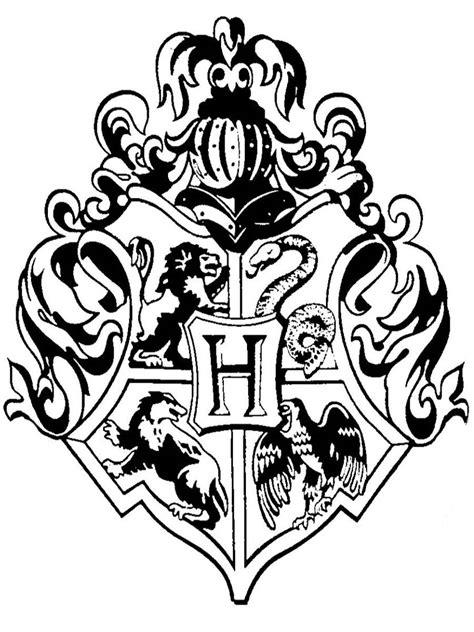 Hogwarts Logo On Wood doodlecraft hogwarts crest rubber st diy