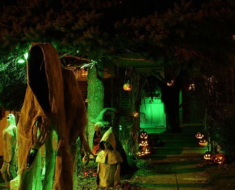 scary halloween themes ideas 25 spooky halloween decorations ideas to copy magment