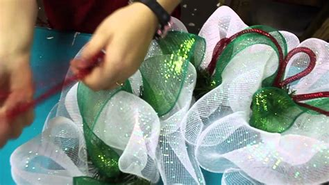how to make mesh wreaths with two colors how to make a deco mesh wreath