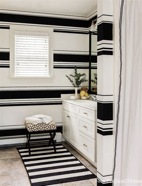 Bathroom Walls Turning Black 17 Best Ideas About Striped Walls On Painting