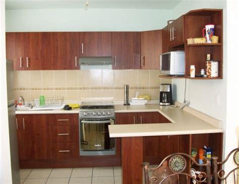 cocinas integrales foto cocina integral con barra de cocinas y closets del