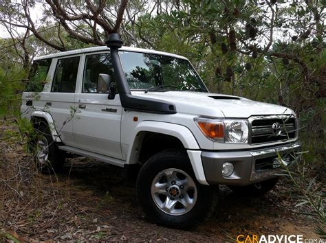 Toyota Gxl Wagon 2007 Toyota Landcruiser 76 Series Gxl Wagon Review Caradvice