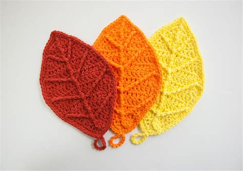 crochet pattern large leaf how to crochet happy autumn leaves youtube