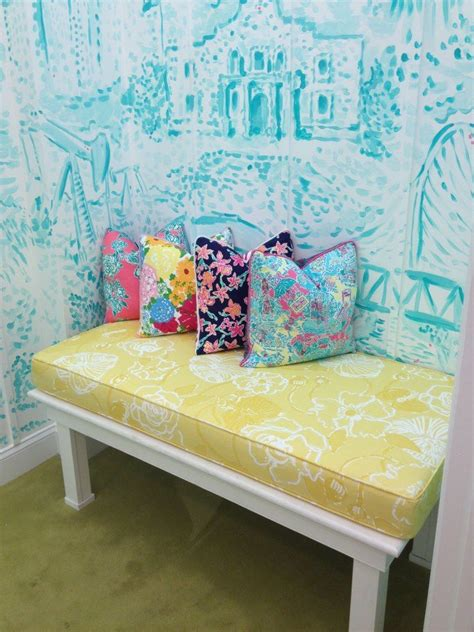 lilly pulitzer room 215 best images about pulitzer on canvases lilly pulitzer prints and