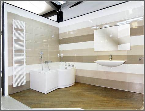 idee bagni moderni pavimenti rivestimenti bagno mattonelle e piastrelle per