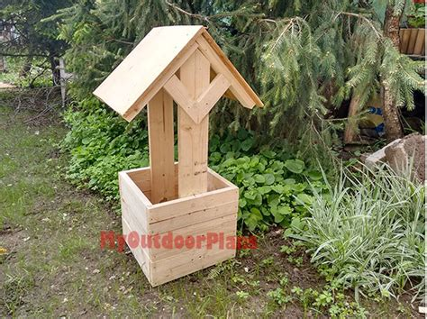 wishing well plans woodworking how to build a wishing well planter myoutdoorplans