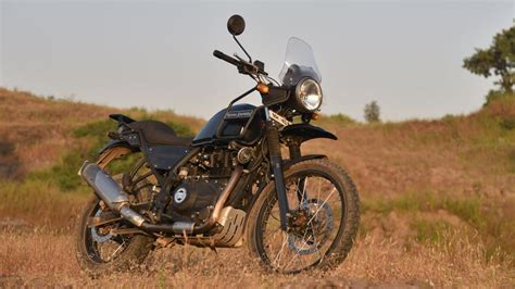 the most comfortable bike royal enfield himalayan review it s not perfect but
