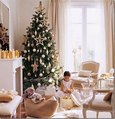 alberi da interni 8 idee per decorare l albero di natale e interni