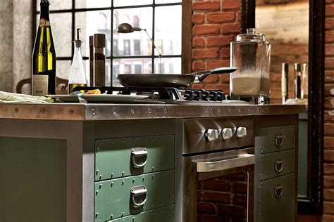 Retro Kitchen Island Vintage Kitchen Combines Timeless Design With Seamless Practicality
