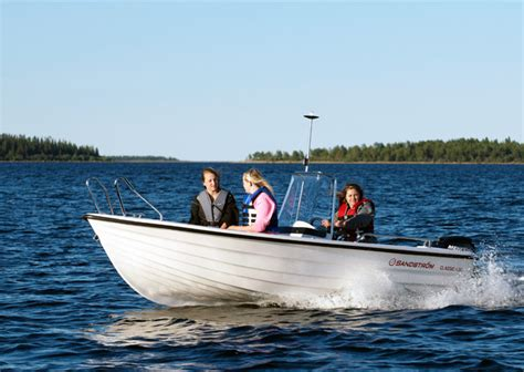 Kort Lättskött Frisyr by Sandstr 246 M 214 Vik Marina Motor Norrlands Mest Kompletta