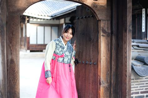 Dress Seoul oneday hanbok roaming the streets of seoul in hanbok a