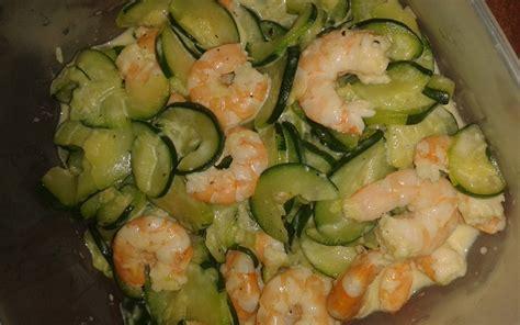 cuisiner des courgettes poele recette po 234 l 233 e de courgettes aux crevettes 233 conomique et