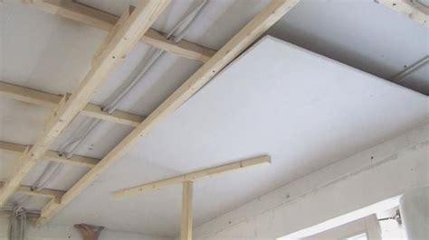 Rigipsplatten Unter Der Decke Anbringen by Anleitung Decke Abh 228 Ngen Trockenbau Tipps Vom Maurer
