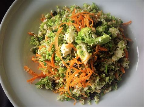 Whole Food Detox Salad by Whole Food S Detox Salad Best Selling Recipe Hack