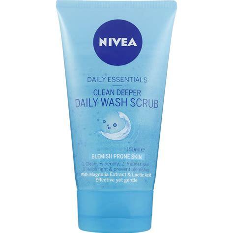 Scrub Nivea nivea daily essentials clean deeper daily wash scrub 150ml