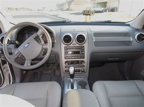 2005 Ford Freestyle Interior by 2006 Ford Freestyle Interior Pictures Cargurus