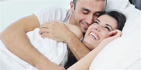 Cara Aman Berhubungan Intim Saat Haid Berhubungan Intim Saat Haid Ternyata Aman Dan Bisa Hamil