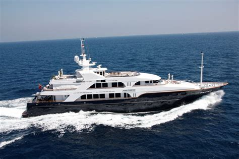 nobel house noble house luxury yacht charter pictures noble house crewed boat charter photos