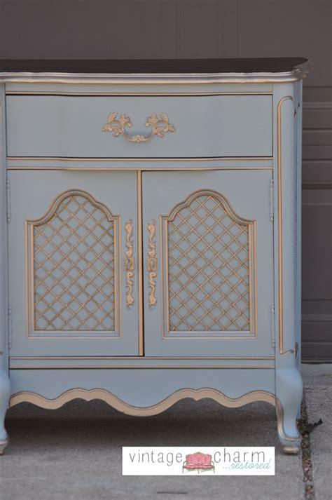a benjamin nimbus gray bedroom furniture makeover