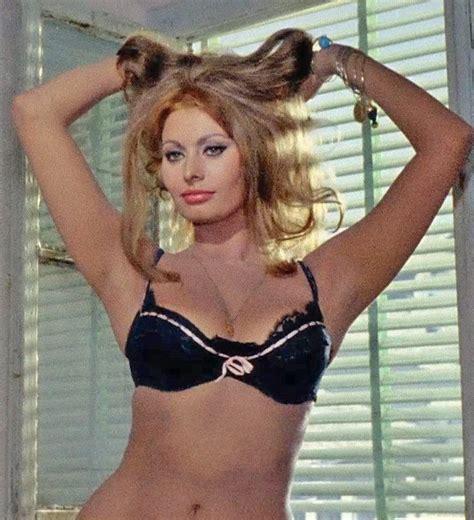 Loren Tops In Poll 2 by 631 Best Divas 4 Gardner Loren Images On