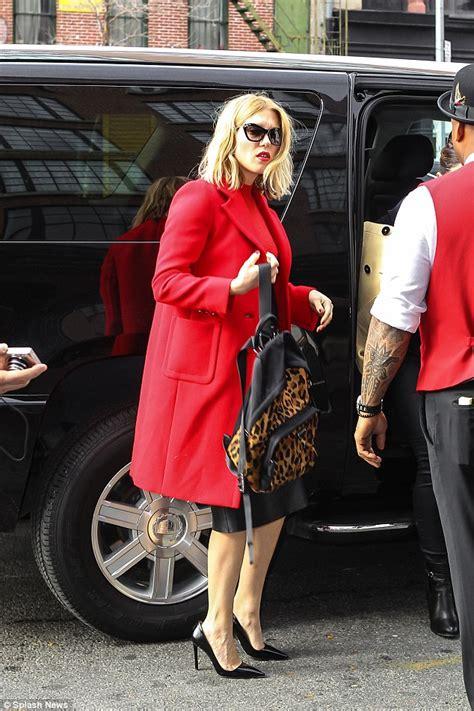 lea seydoux speaking french spectre bond girl lea seydoux smoulders in red with daniel