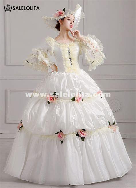 Elegant White Palace Snow Queen Da Estume