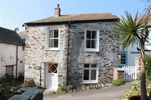 cottages port isaac honey cottage port isaac self catering cottages