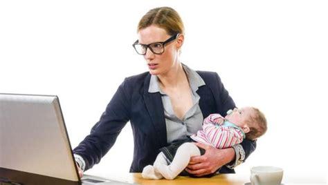 imagenes mujeres trabajando nueve de cada diez mujeres con estudios universitarios
