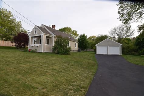 Rhode Island Cottages For Sale by Cottages For Sale In Rhode Island Summer