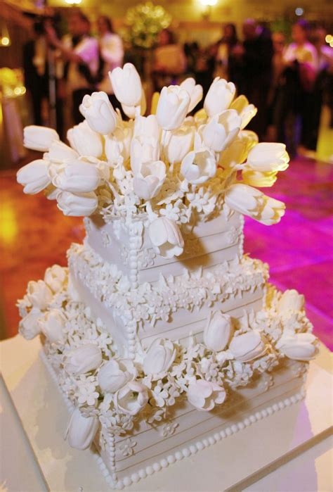 elaborate wedding cakes   grapevine