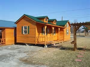 backyard cabin backyard world cabins