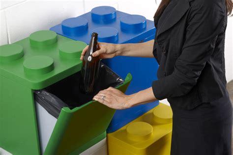 reciclar basura en casa original contenedor  cubos de lego