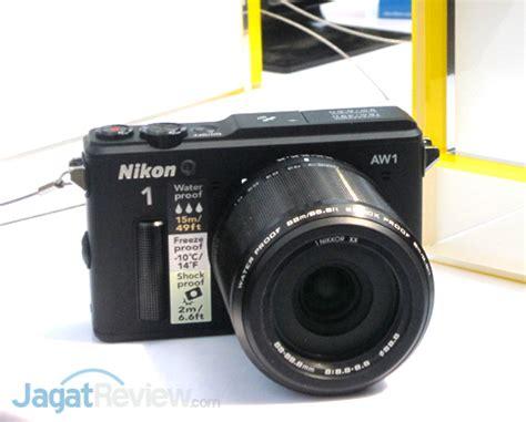 Kamera Nikon Anti Air nikon resmi meluncurkan kamera hybrid anti air pertama di