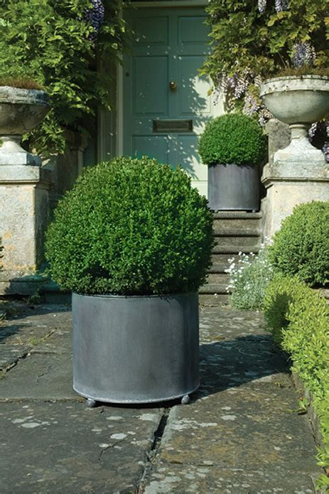 Steel Garden Planters by Create Instant Vibrancy With Large Metal Garden Planters