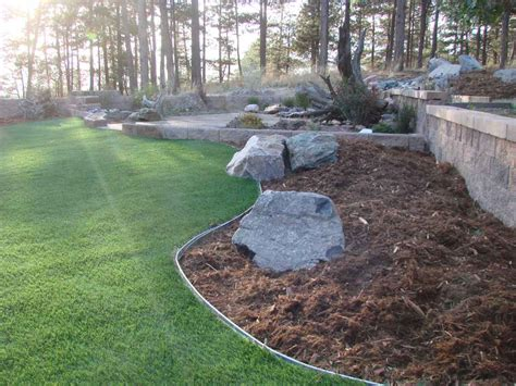 3 inexpensive backyard landscaping projects you can do