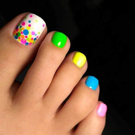 beautiful nail designs for women in their 40 27 beautiful nail designs for toes beautiful nail