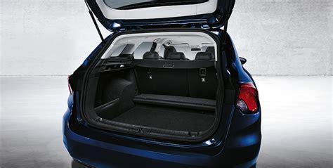 fiat tipo interni fiat tipo station wagon interni spazio e comfort fiat