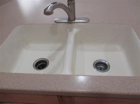 Corian Countertop Maintenance - gilbert low maintenance corian 174 showers az countertop repair