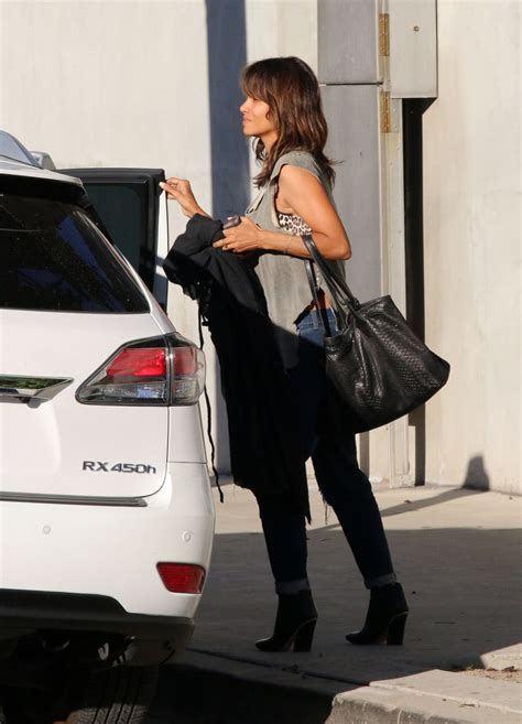 Halle Berry Makes Out With The Ground by Halle Berry Out In La Celebzz