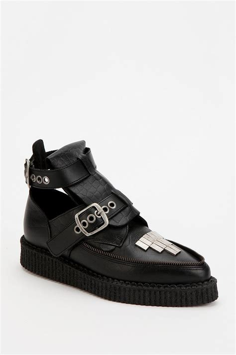 jeepers creepers sneakers underground leather snake creeper boot urbanoutfitters