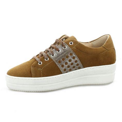 send baskets so send chaussures baskets cuir velours cognac 8120