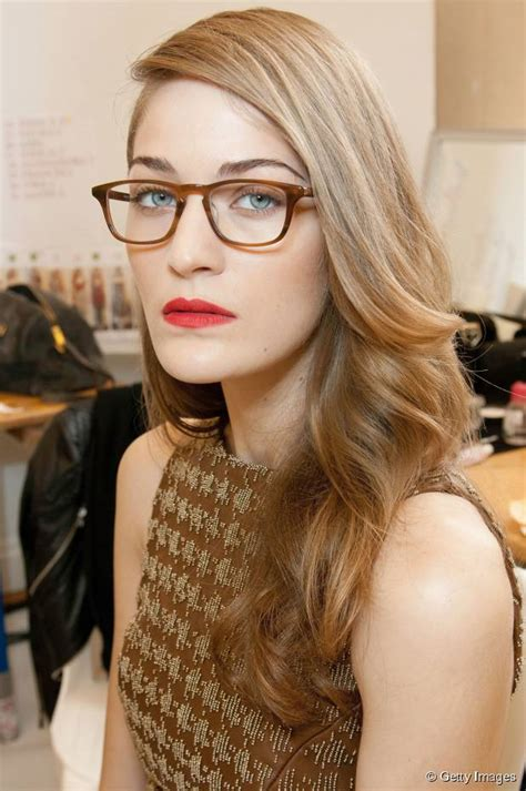 hairstyles with glasses photos women s hairstyles that look awesome with glasses
