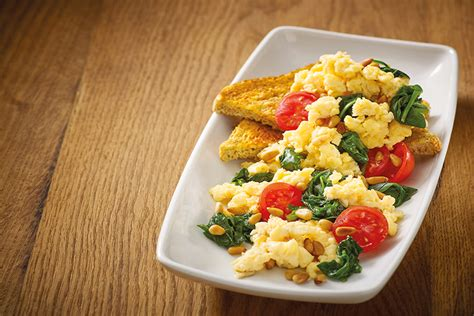 how to make really good scrambled eggs how to make the perfect scrambled eggs