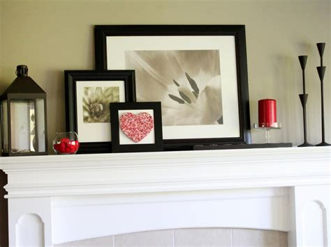 Decorate Your Mantel Year Round   Interior Design Styles