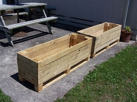 Planters Out Of Pallets by Best 25 Pallet Planter Box Ideas On Single