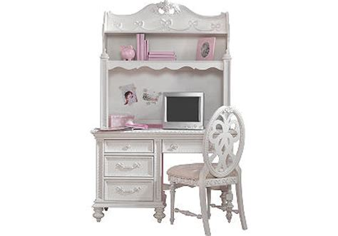 looking for a desk for 6 year gymbofriends