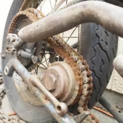 Motorrad Reifen Rissig by Wie Alt D 252 Rfen Motorradreifen Sein