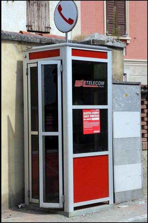 cabina telefonica telecom torino pensiona le cabine telefoniche mole24